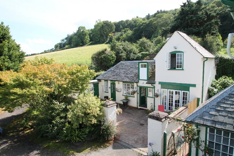 Details about a cottage Holiday at Coachmans Cottage