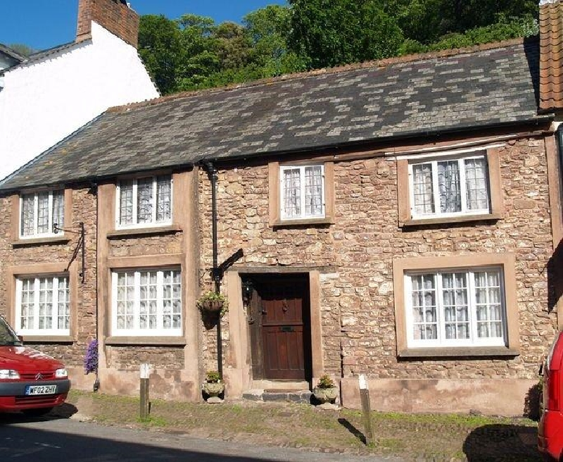 The Oval an English holiday cottage for 5 in ,
