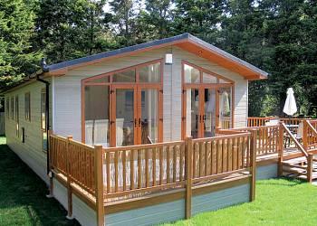 Jaybelle-Grange-Lodges