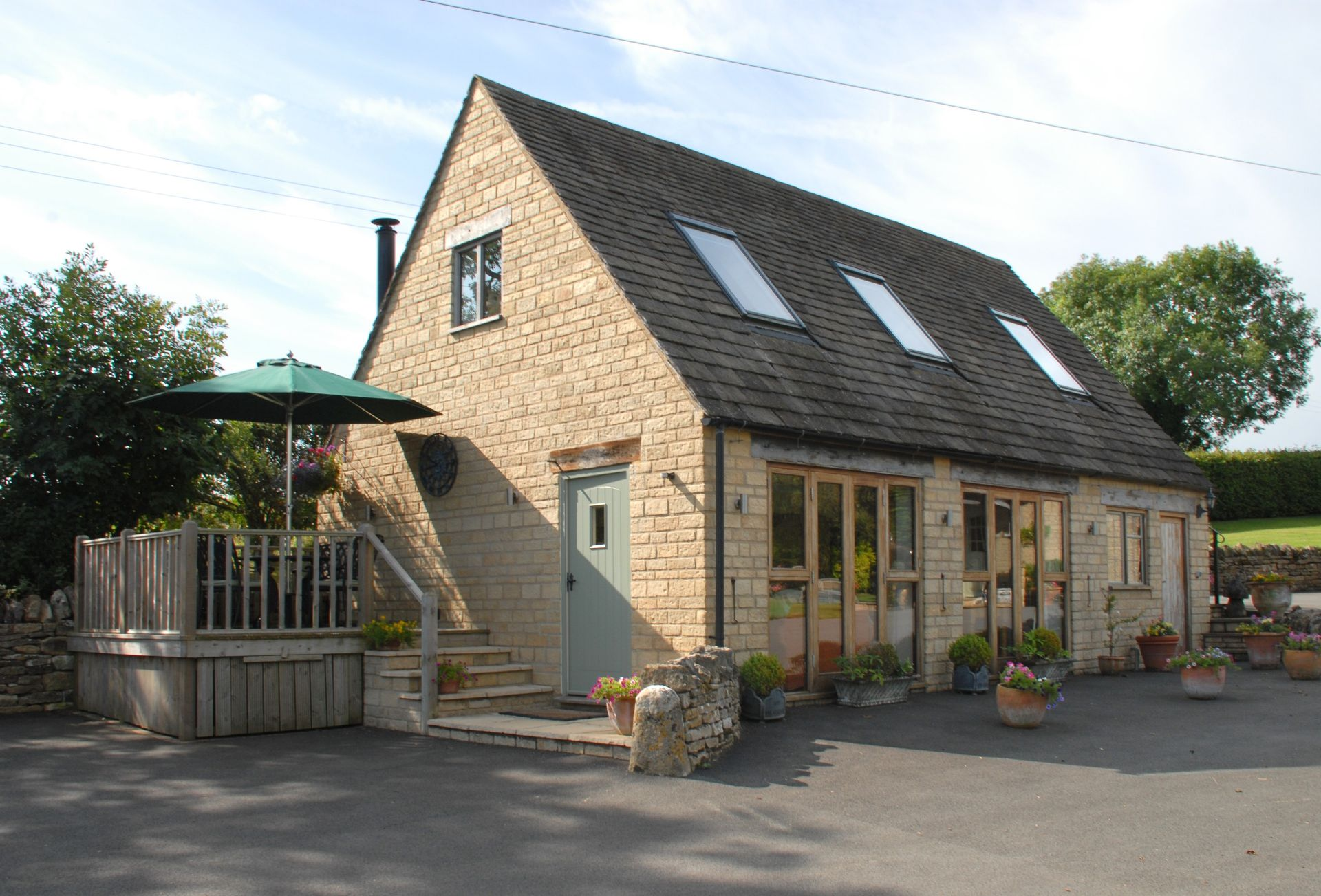 Click here for more about Sheepscombe Byre