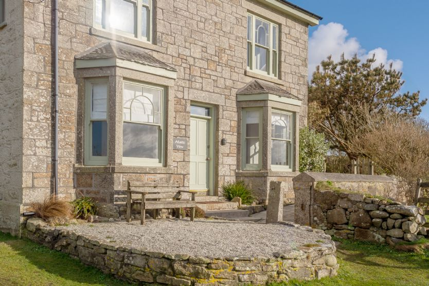 Atlantic View an English holiday cottage for 8 in ,