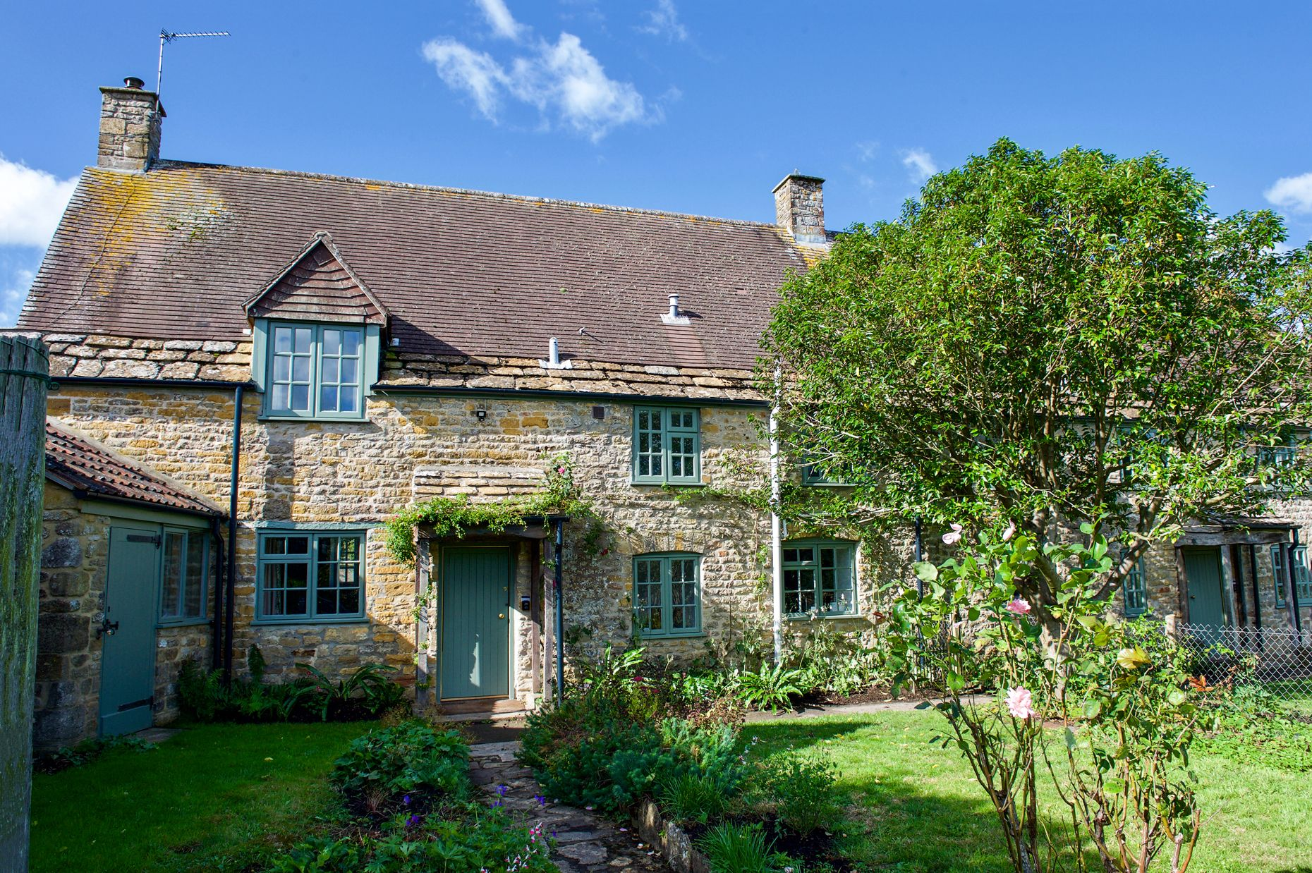 Click here for more about Brew House Cottage