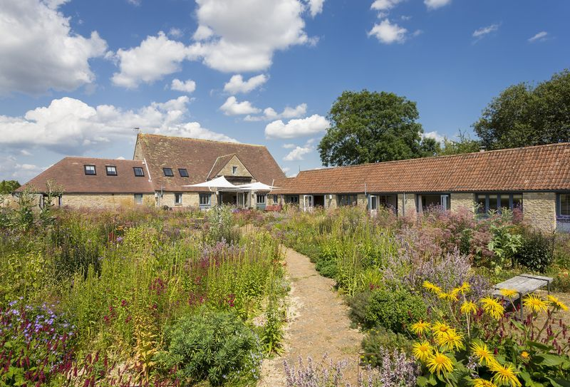 Click here for more about Hailstone Barn (10 Guests)