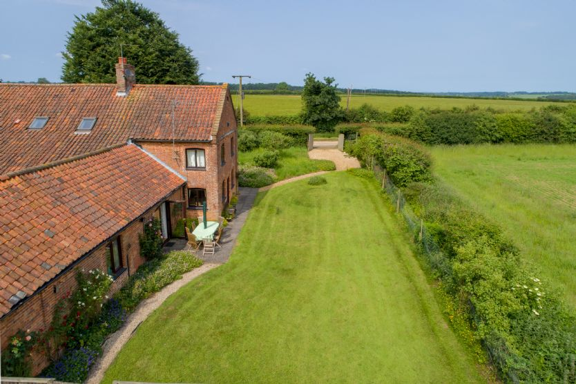Keepers Cottage an English holiday cottage for 8 in ,