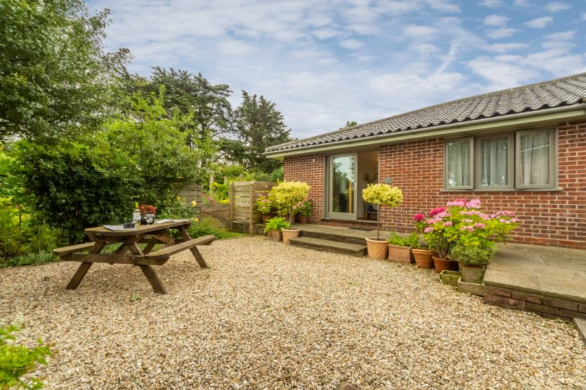 Click here for more about Stiffkey Hideaway