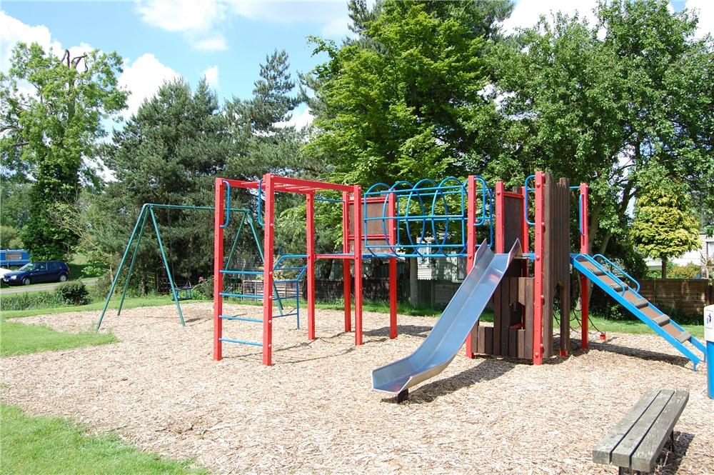 Cogenhoe-Mill-Holiday-Park