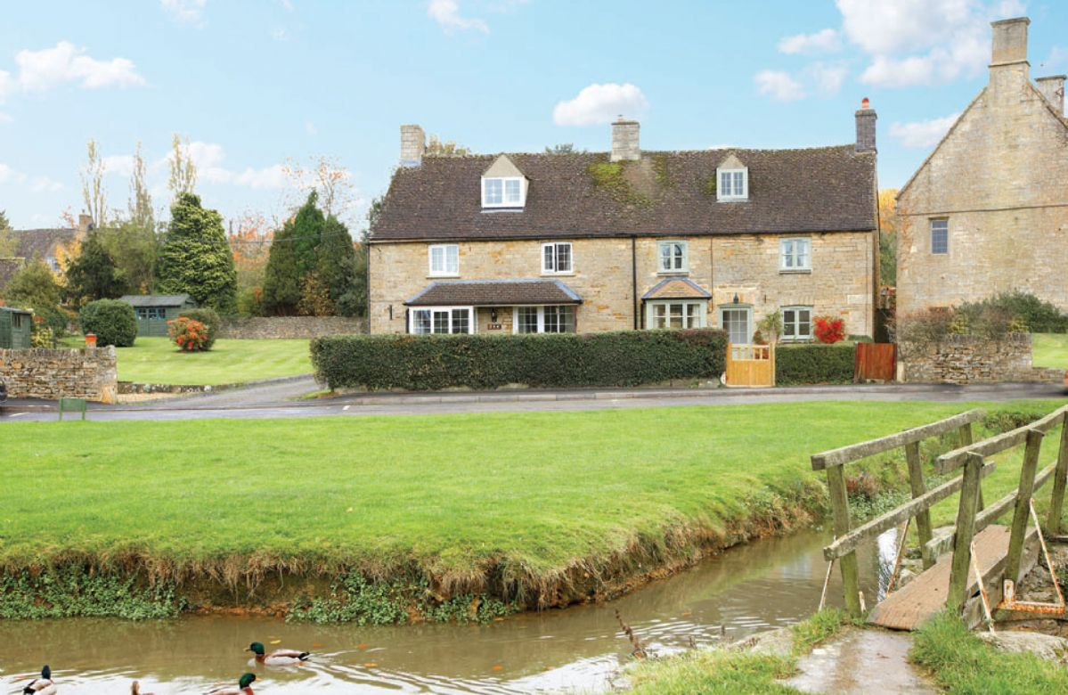 Click here for more about Duckling Cottage