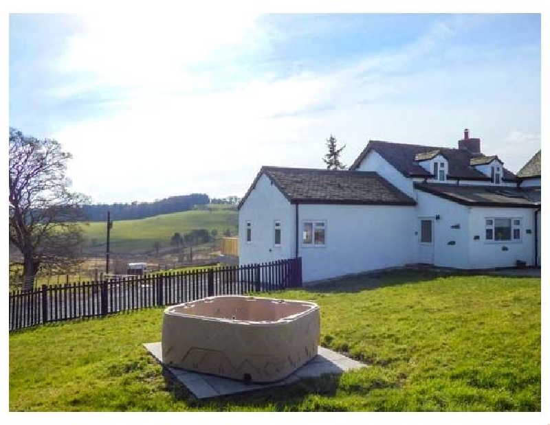 Click here for more about Camnant Cottage