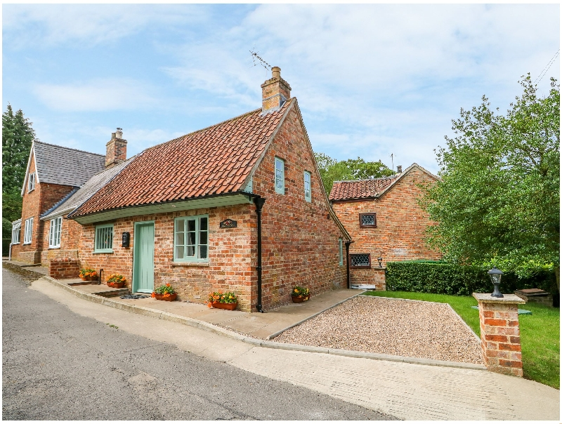 Click here for more about Lizzies Cottage
