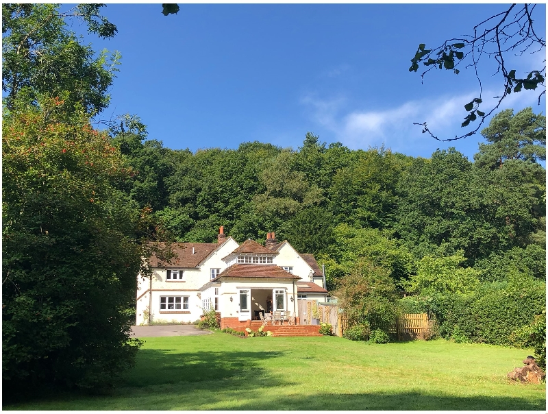 Click here for more about Woodhill Cottage