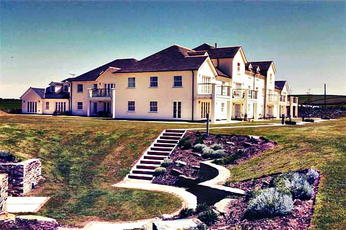 1 Thurlestone Beach Apartments an English holiday cottage for 6 in ,