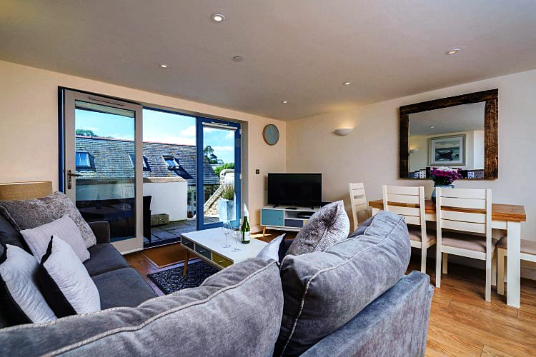 1 Crabshell Heights an English holiday cottage for 4 in ,
