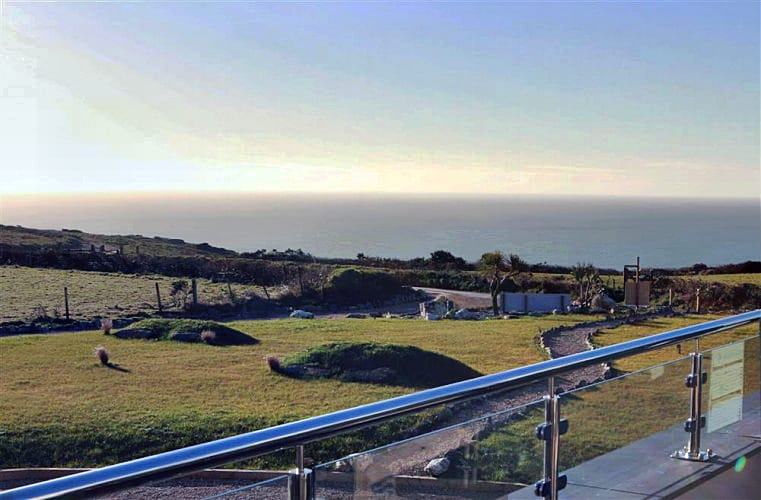 Two Ocean Reach an English holiday cottage for 6 in ,