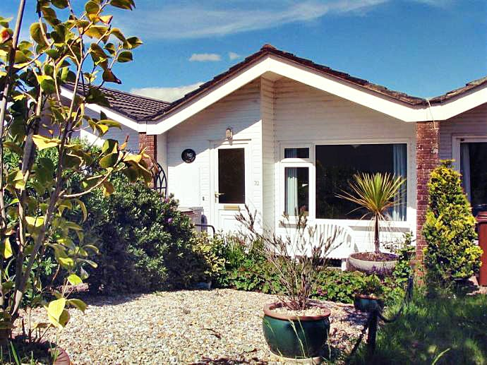 70 Cumber Close an English holiday cottage for 4 in ,