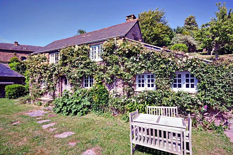 Nuckwell Cottage an English holiday cottage for 5 in ,