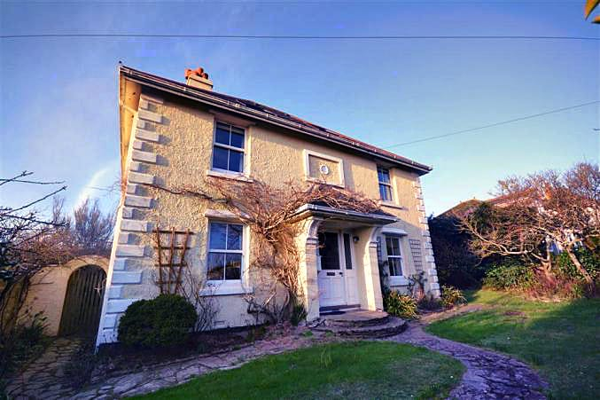 Apple Trees an English holiday cottage for 11 in ,