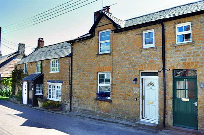 Click here for more about Ha'penny Cottage