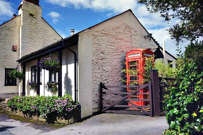 Ivy's Retreat an English holiday cottage for 2 in ,