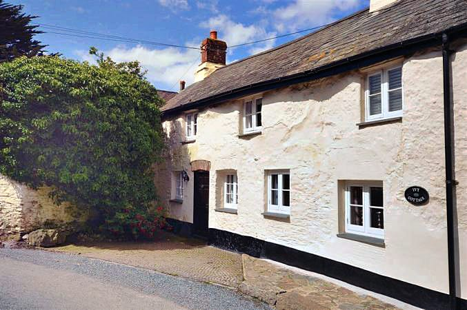 Ivy's End an English holiday cottage for 4 in ,