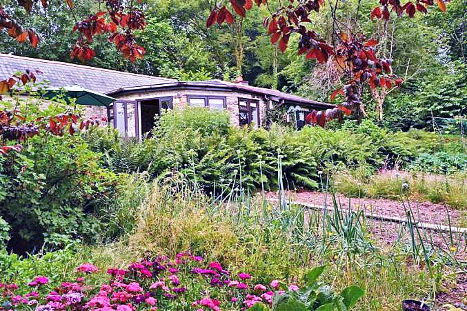 Click here for more about Rosemary Cottage