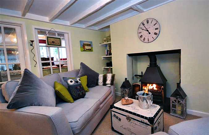 Yew Tree Cottage an English holiday cottage for 2 in ,